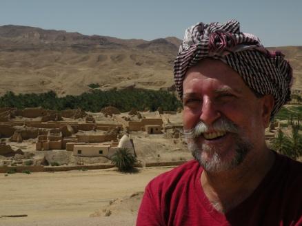 No Saara, pesquisa das rotas das especiarias, entre a Tunísia e a Argélia, África.